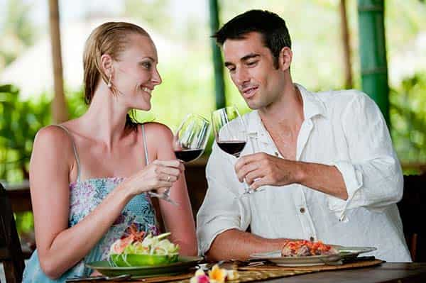 bigstock-Couple-Dining-min