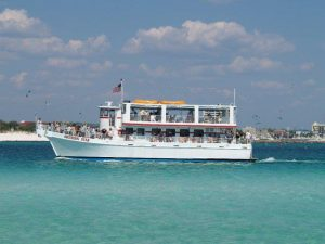 Destin attractions southern-star-dolphin-cruise