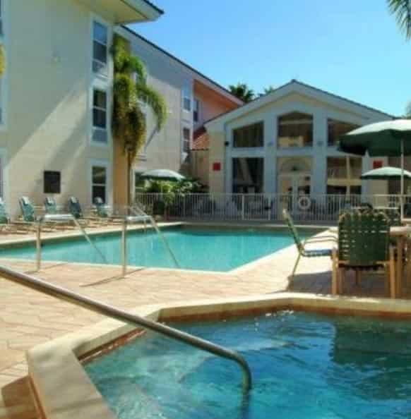 Nokomis Best Hotels