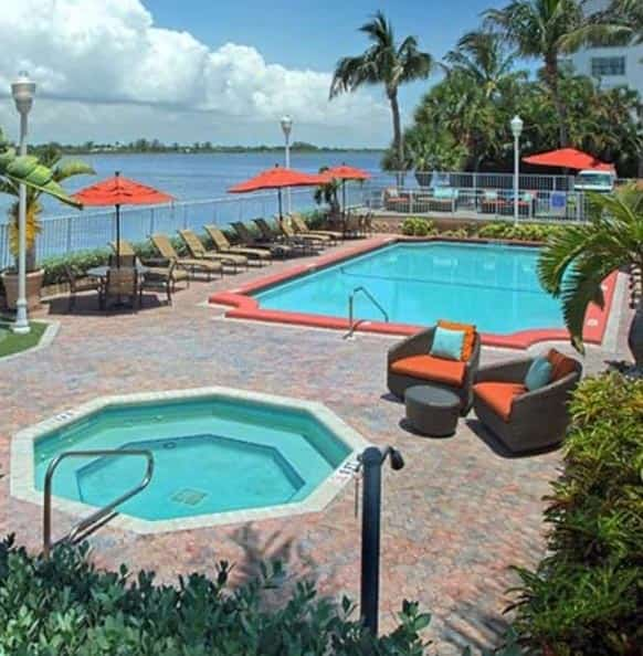 Palm Beach Cheap Hotels