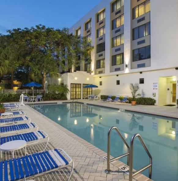 Plantation Cheap Hotels