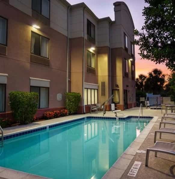 Tarpon Springs Cheap Hotels